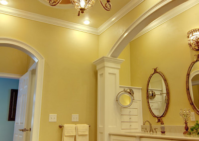 arch over tne door and arch over the vanity